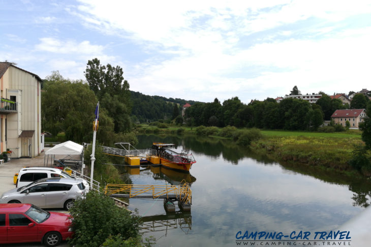 aire services camping car Villers-le-Lac Doubs