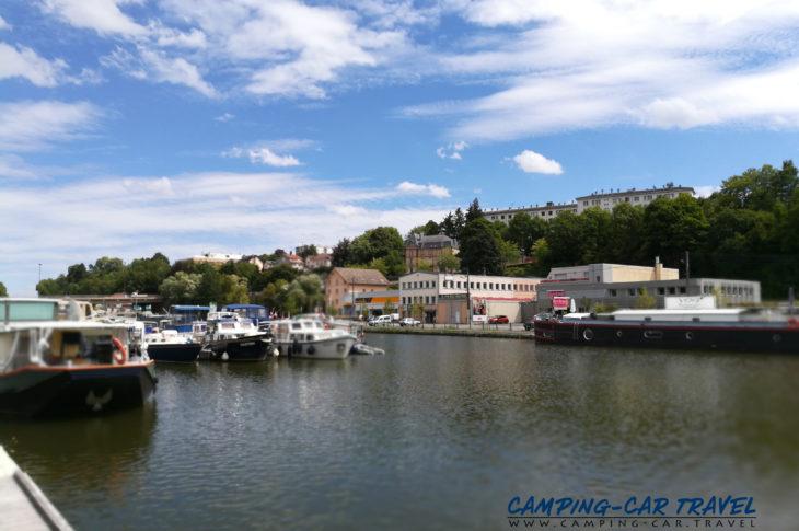stationnement gratuit camping car Montbéliard Doubs