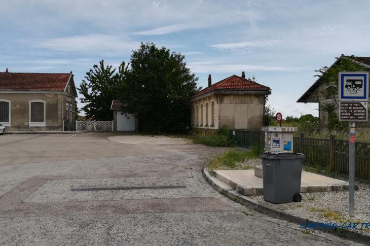 aire de services camping car Brienne-le-Château Aube