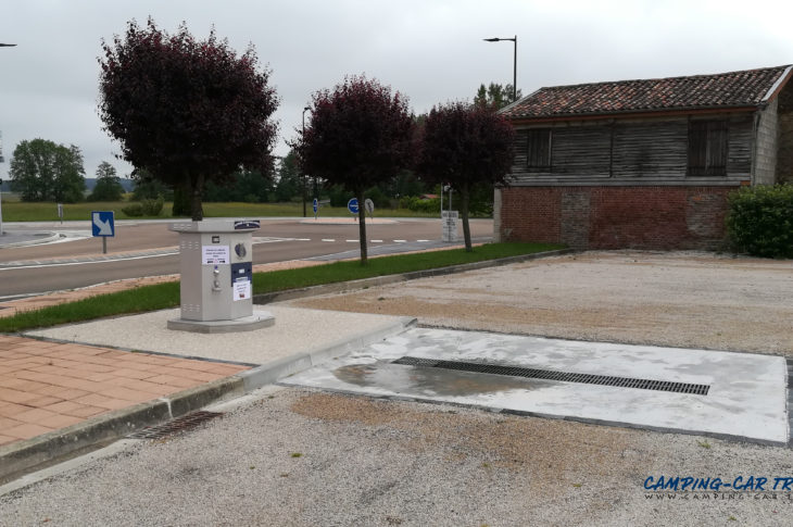 aire services camping car Louze haute marne