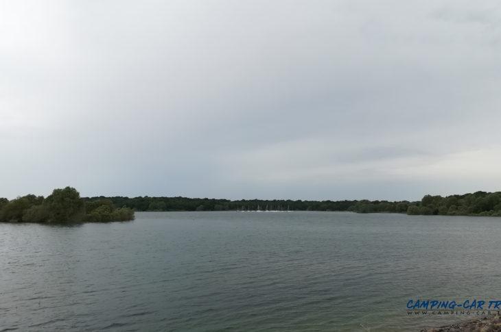 stationnement camping car gratuit Lac-du-Der marne