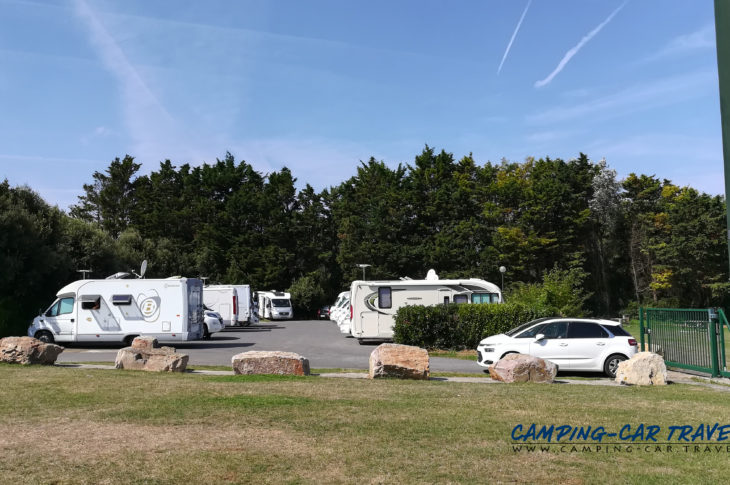 aire services camping car Courceulles-sur-Mer Calvados Normandie