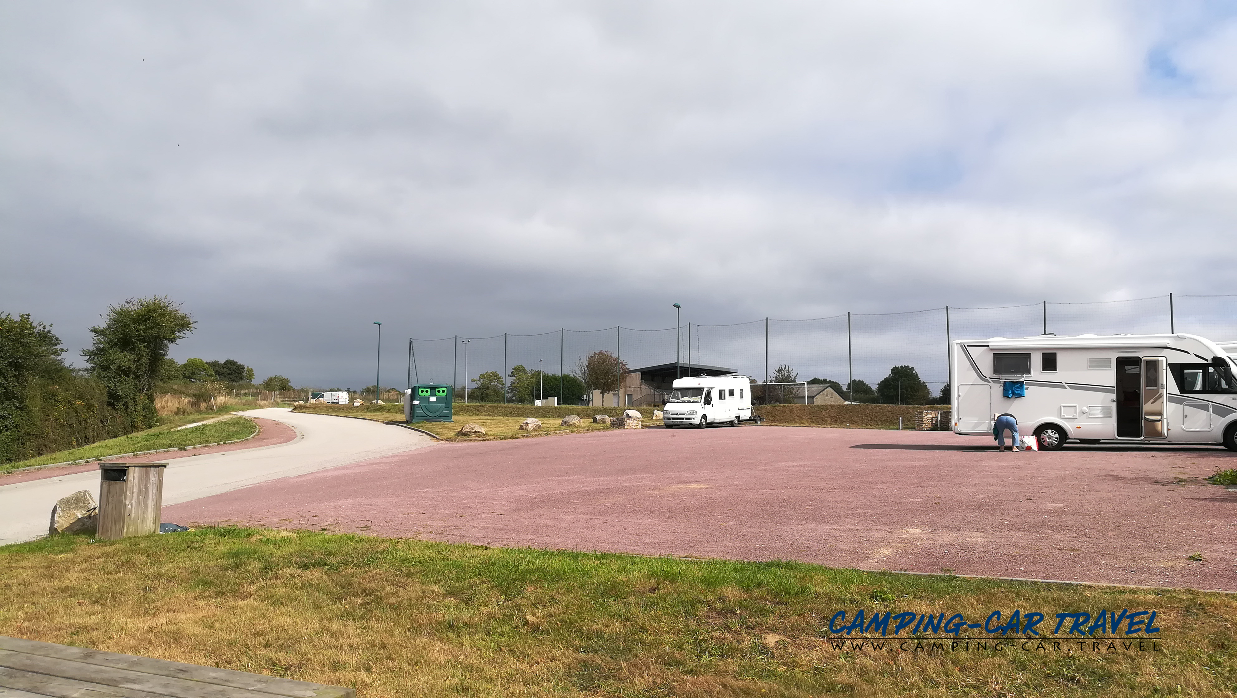 aire services camping car Montebourg Manche Normandie