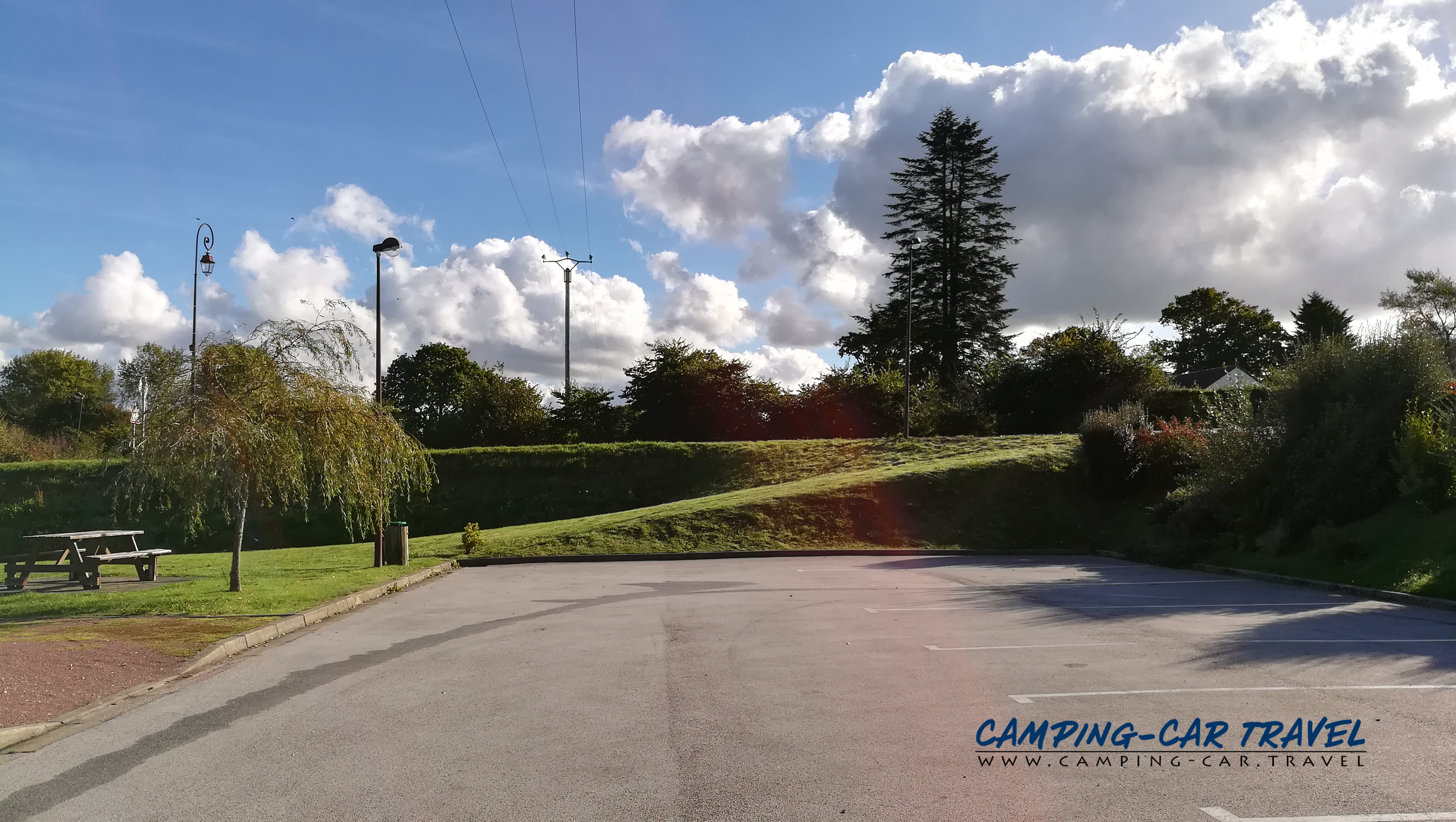 aire services camping car Rauville-la-Bigot Manche Normandie