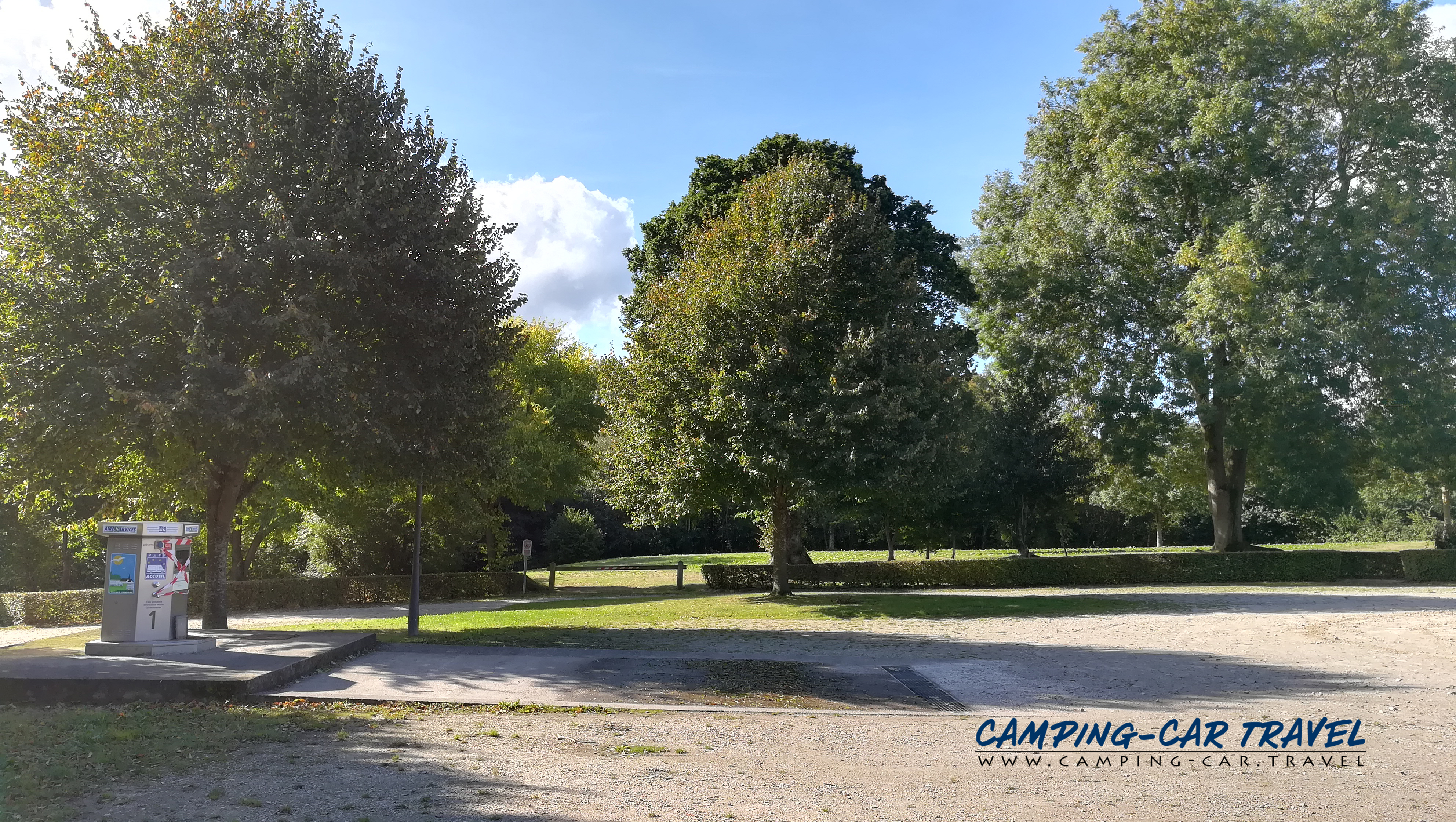 aire services camping car Bricquebec Manche Normandie