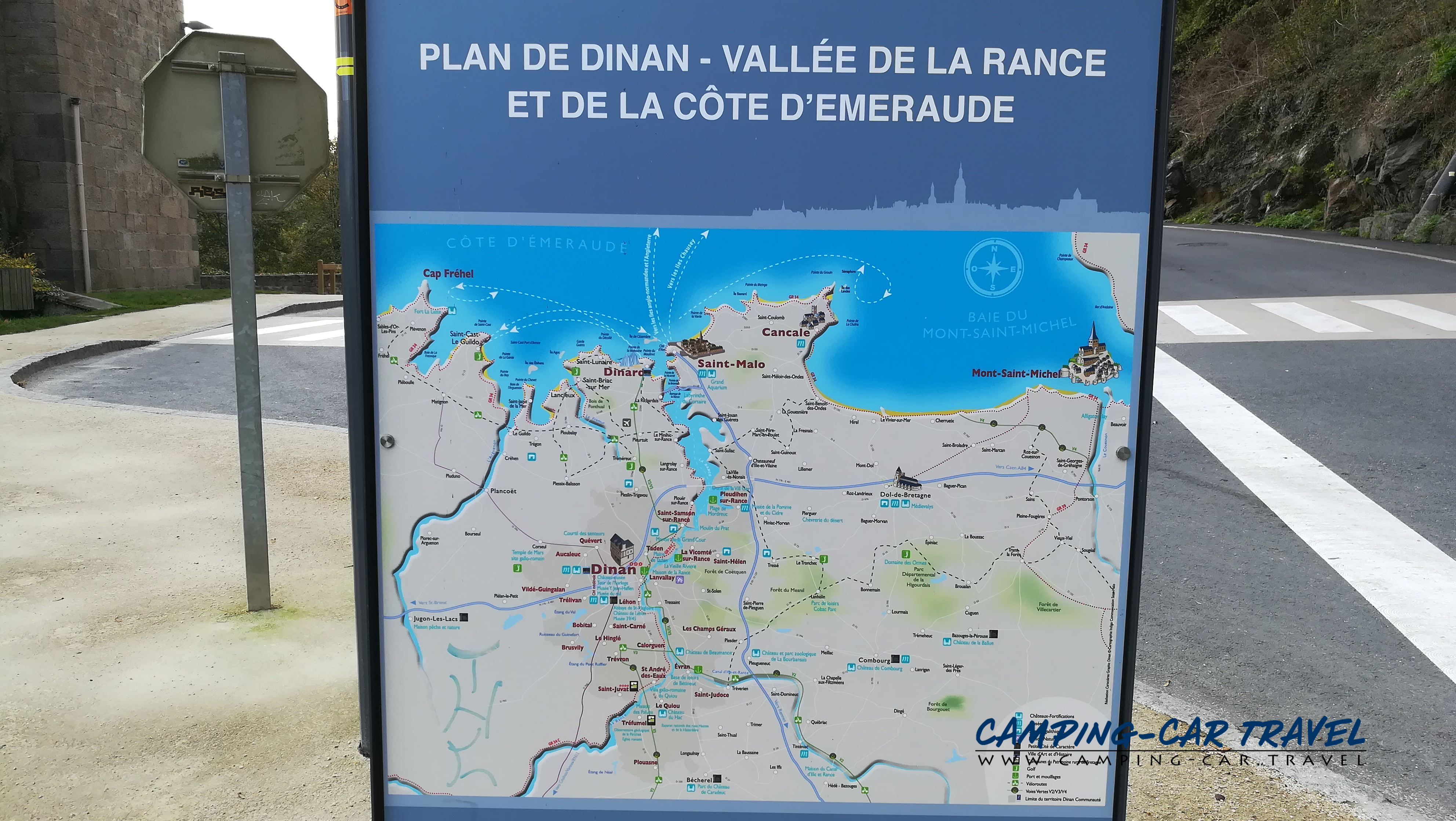 aire services camping car Léhon Dinan Côte-d'Armor Bretagne