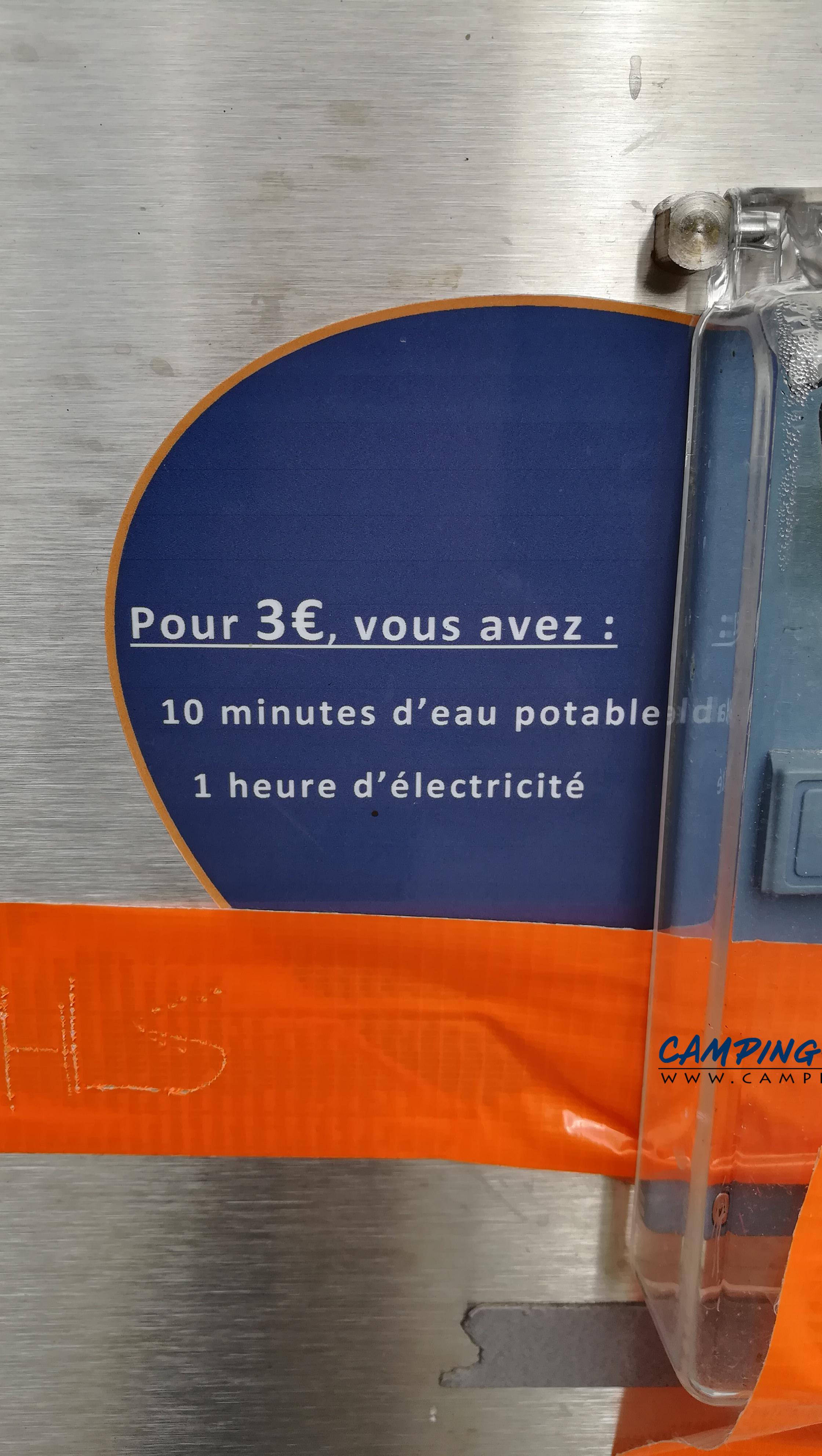aire services camping car Huelgoat Finistère Bretagne