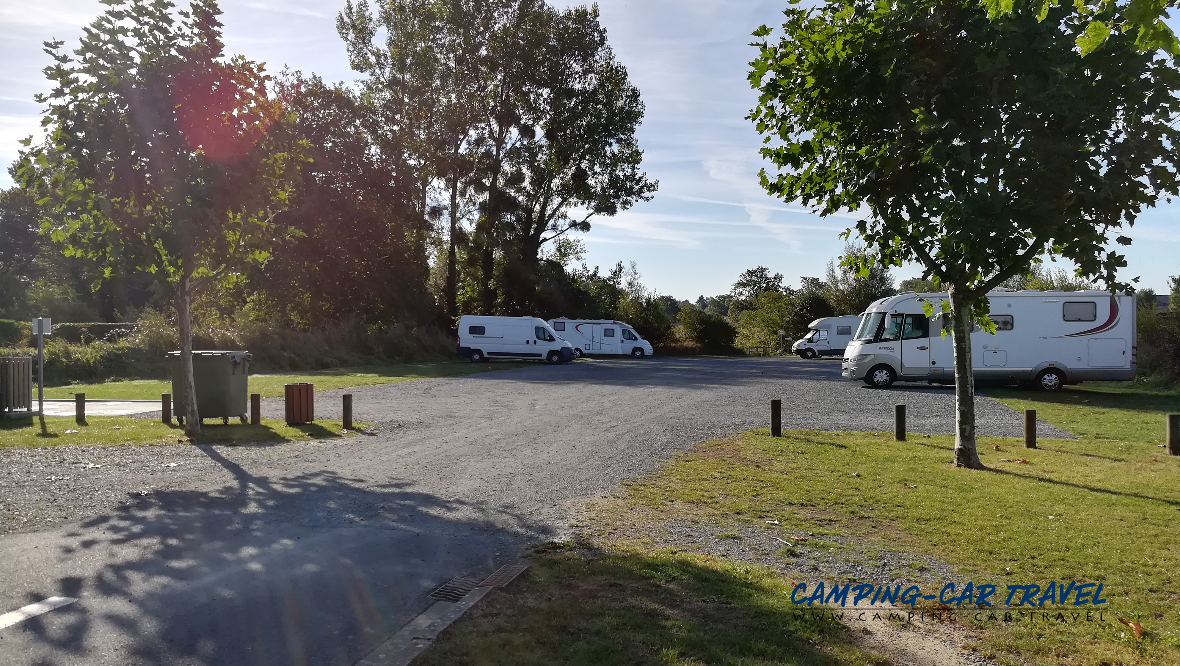 aire services camping car Lessay Manche Normandie
