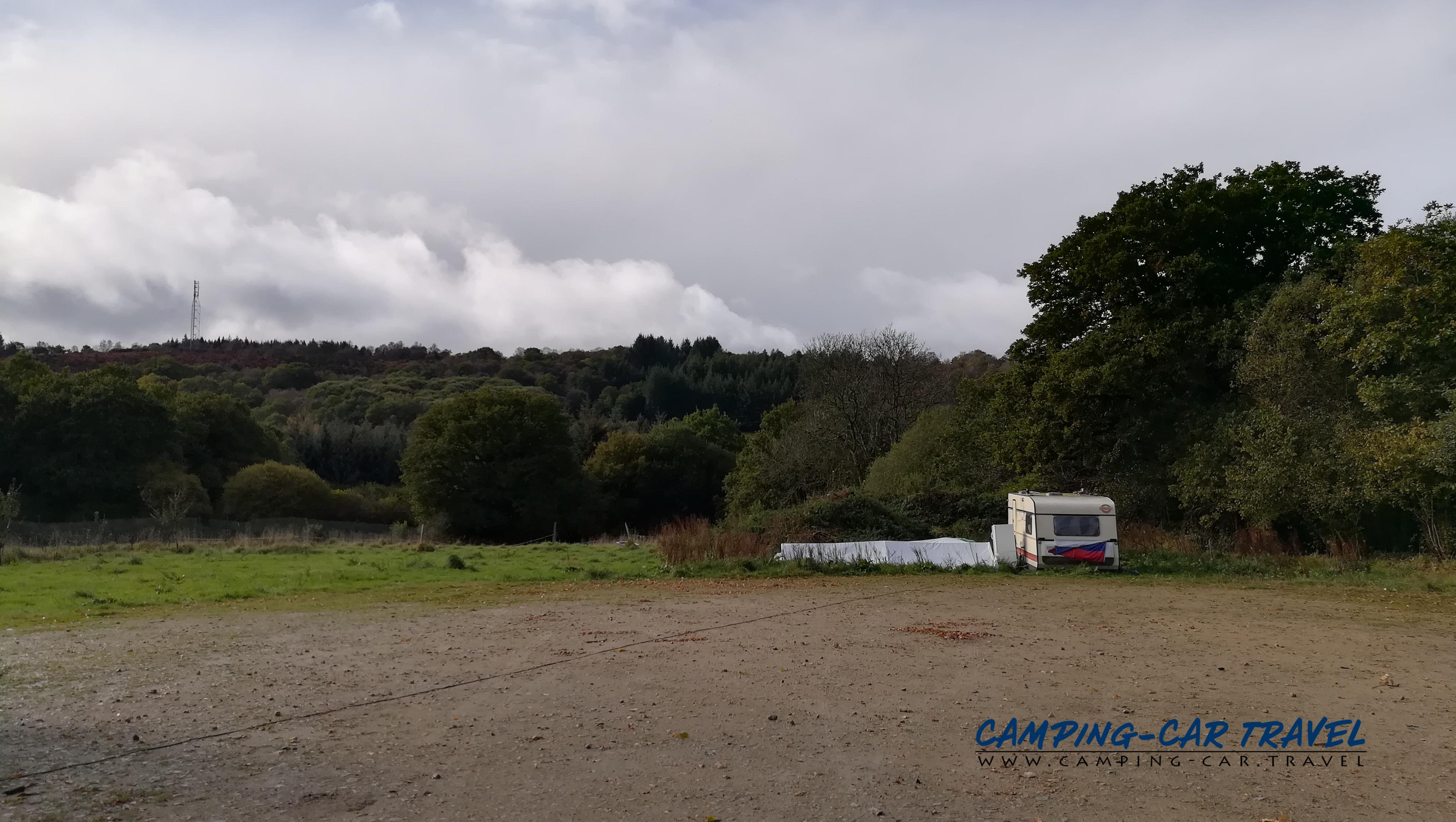 aire services camping car Saint-Rivoal Finistère Bretagne