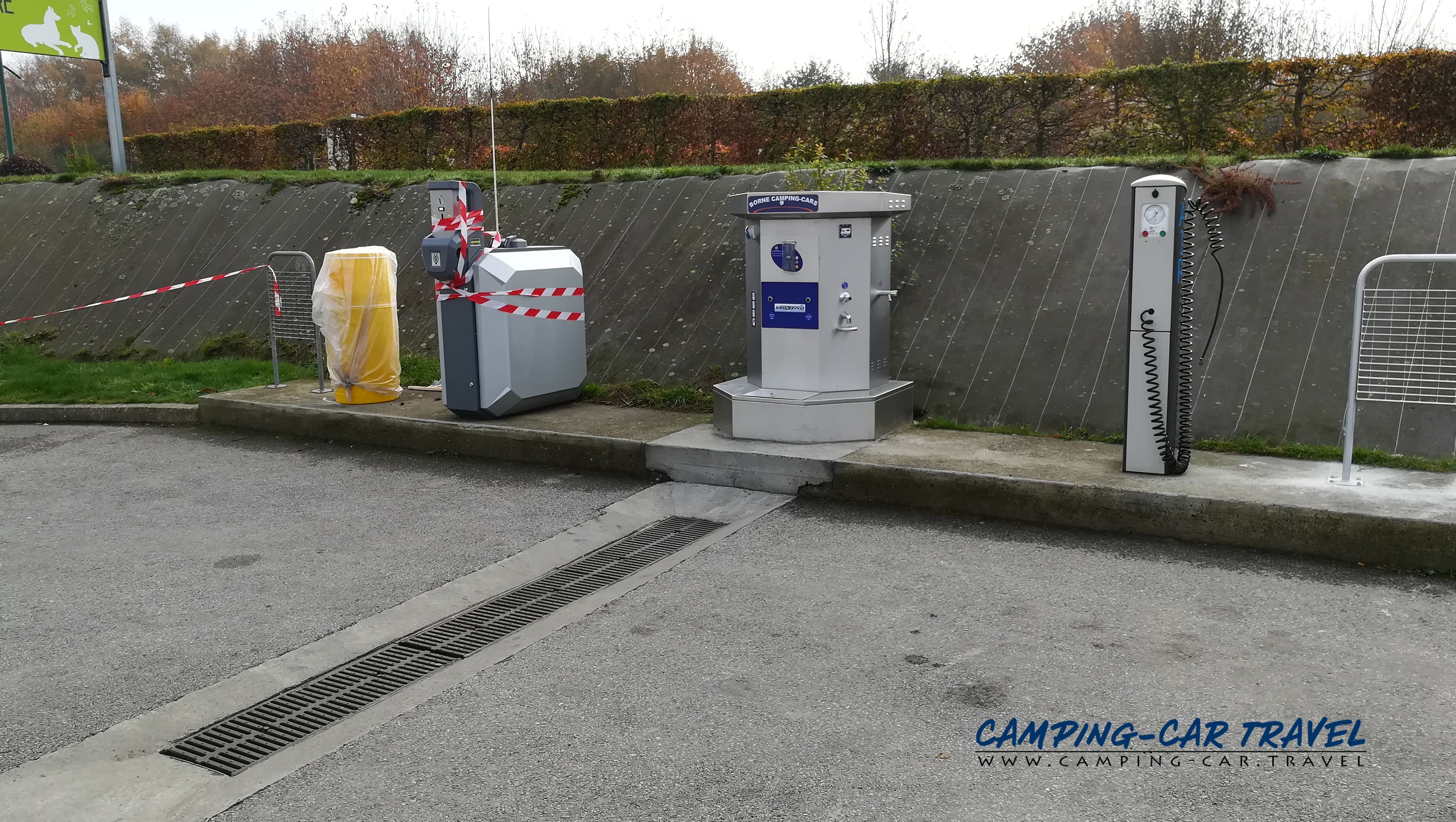 aire services camping car Loudéac Côtes-d'Armor Bretagne