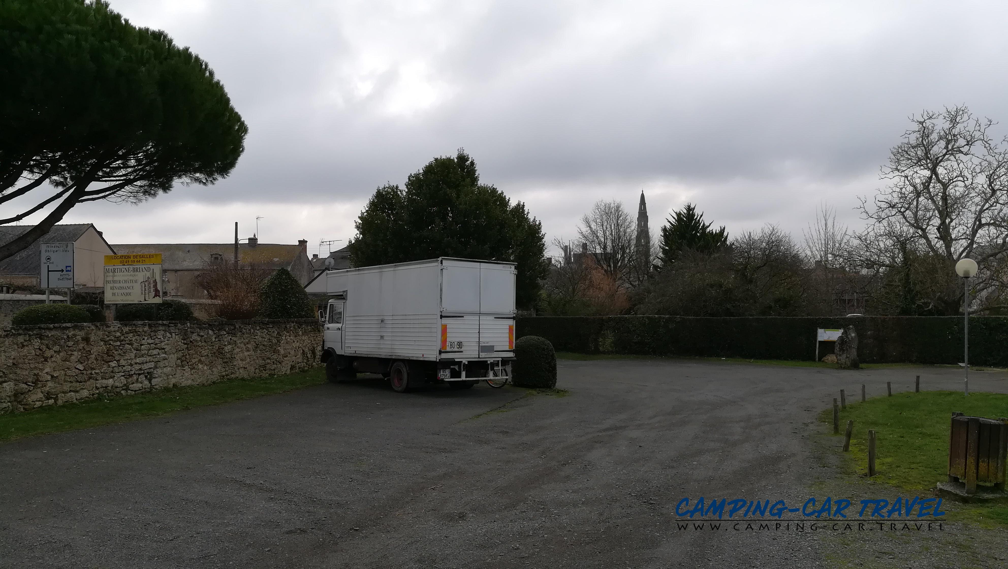 aire services camping car Martigné-Briand Maine-et-Loire Pays-de-la-Loire