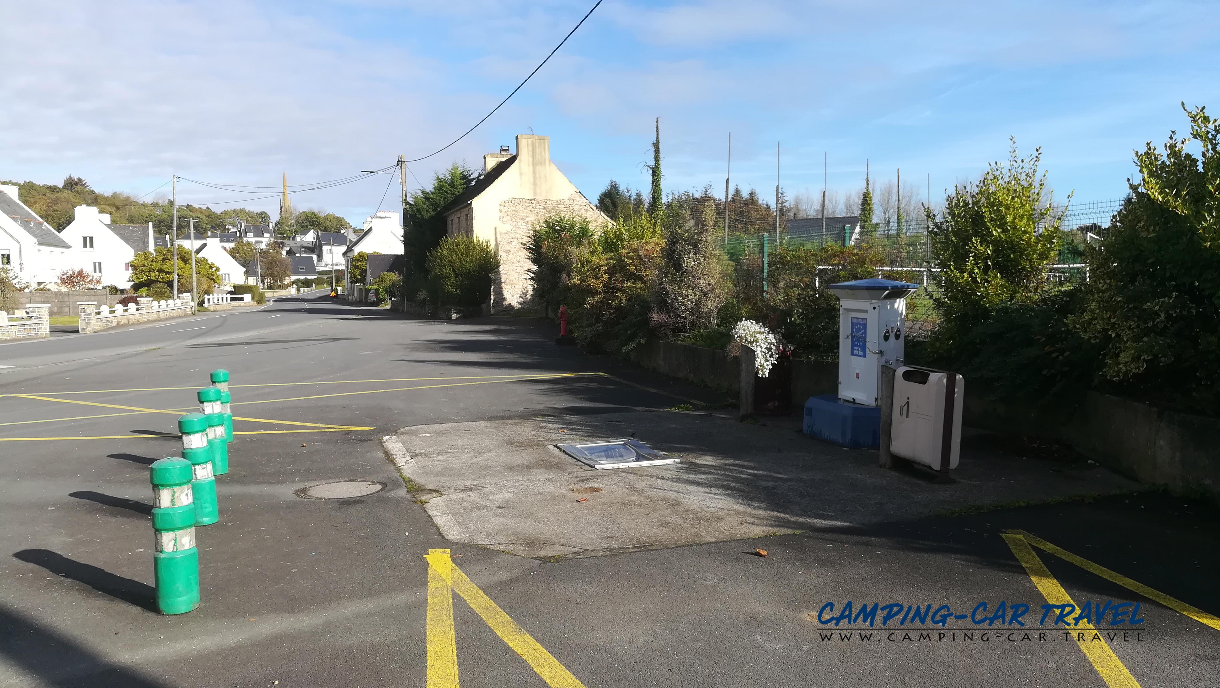 aire services camping car Sizun Finistère Bretagne