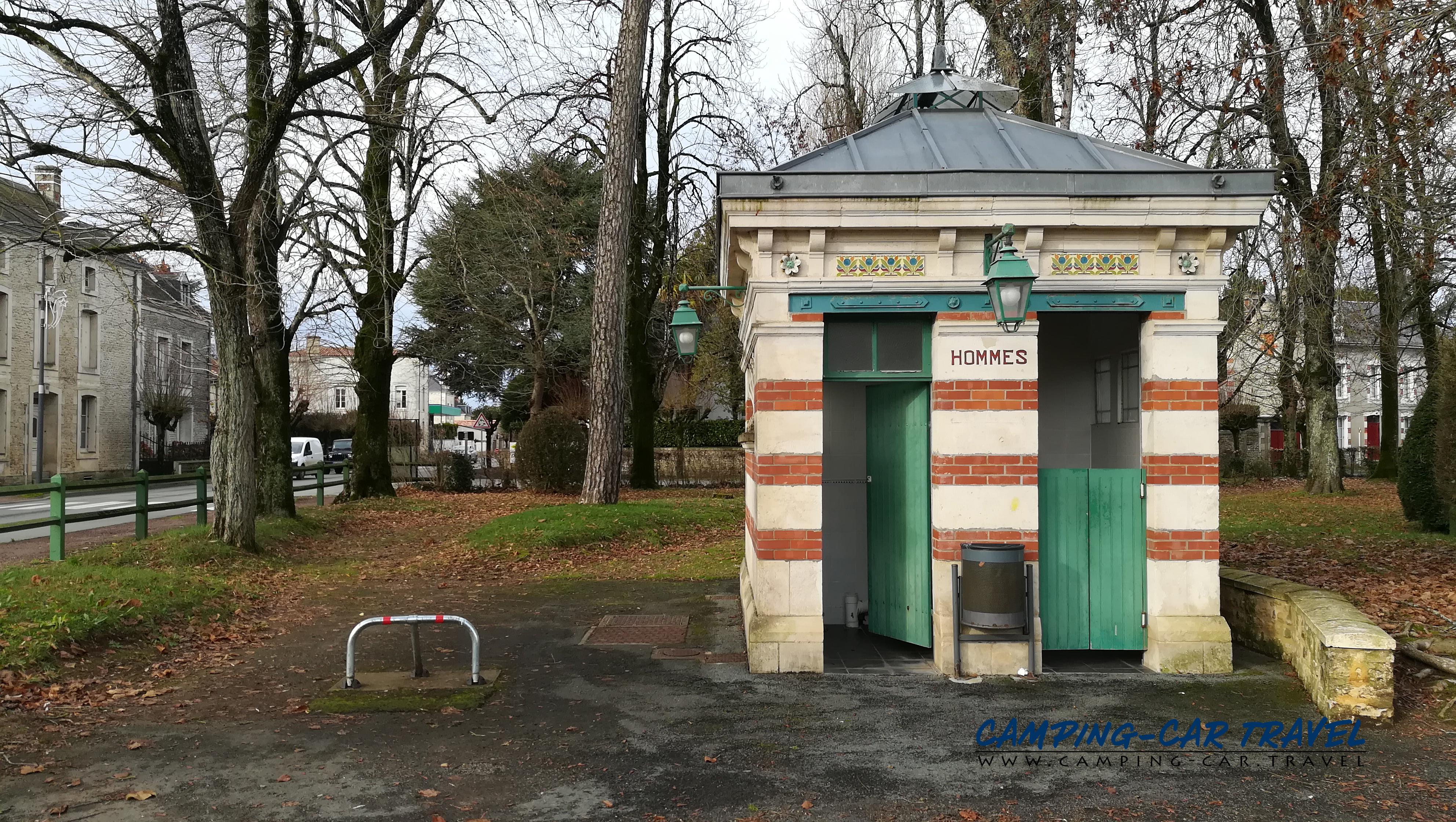 aire services camping car Coulonges-sur-L'Autize Deux-Sèvres Poitou-Charente