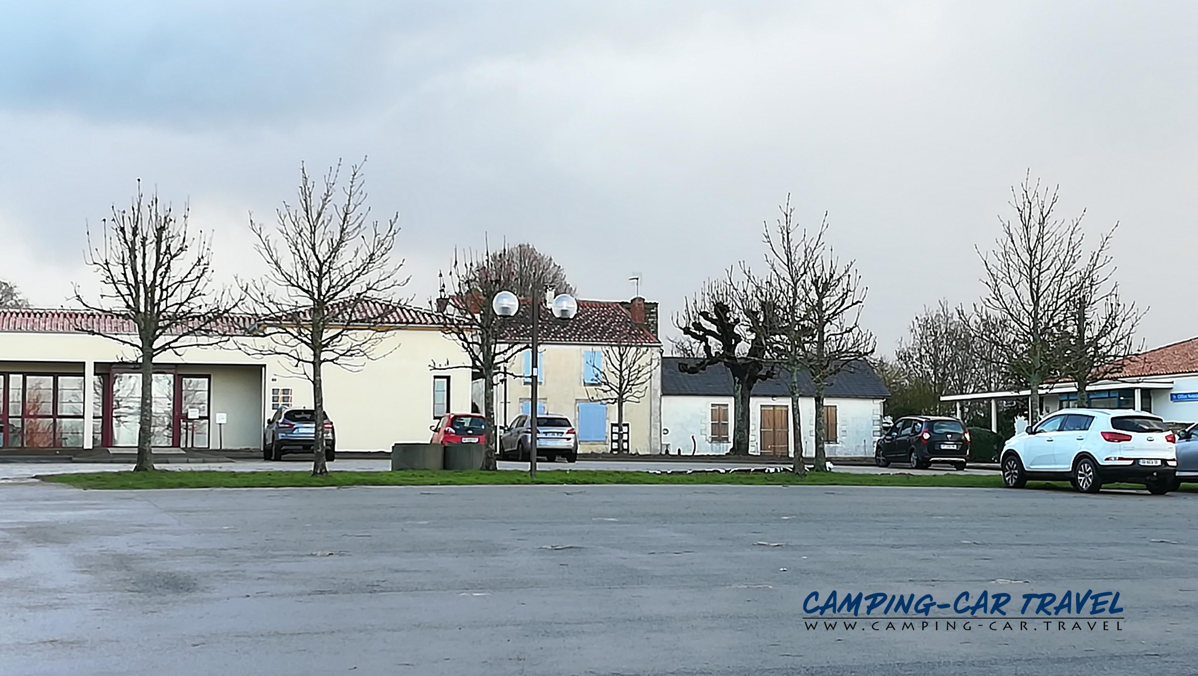 aire services camping car Maillezais Vendée Pays-de-la-Loire