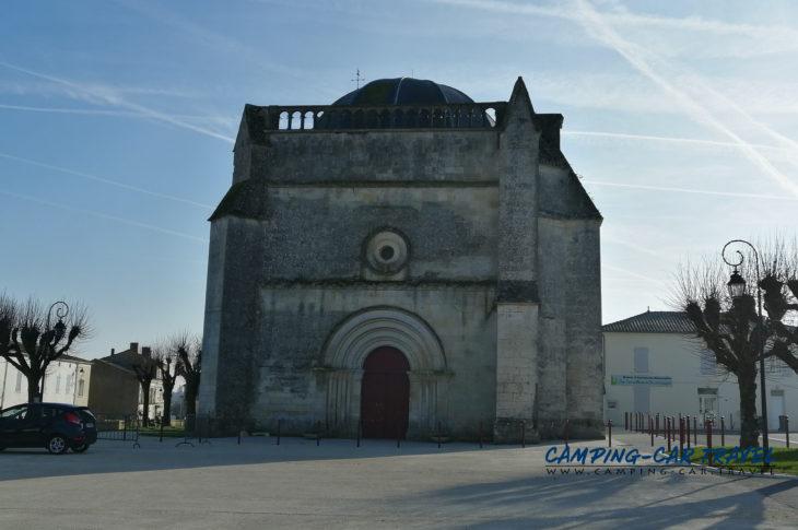 aire de services camping car Saint-Romain-de-Benet Charente-Maritime