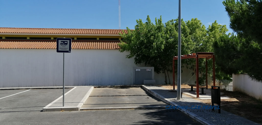 aire services camping car Portel Portugal
