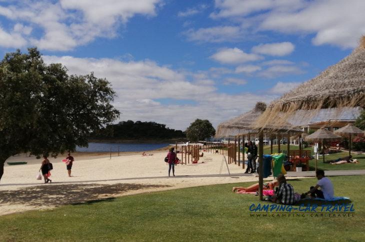 stationnement gratuit camping car praia fluvial de Monsaraz Portugal