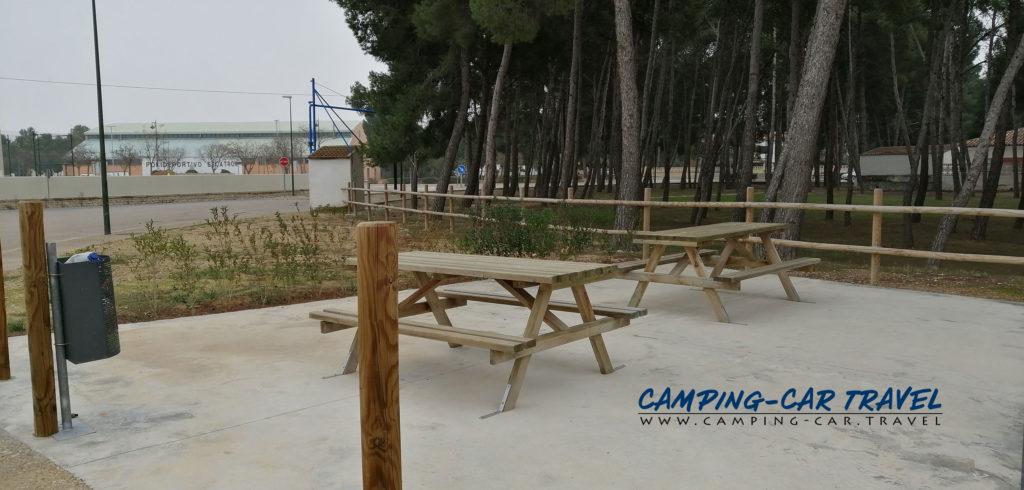 aire de services camping car Escatron Aragon Espagne